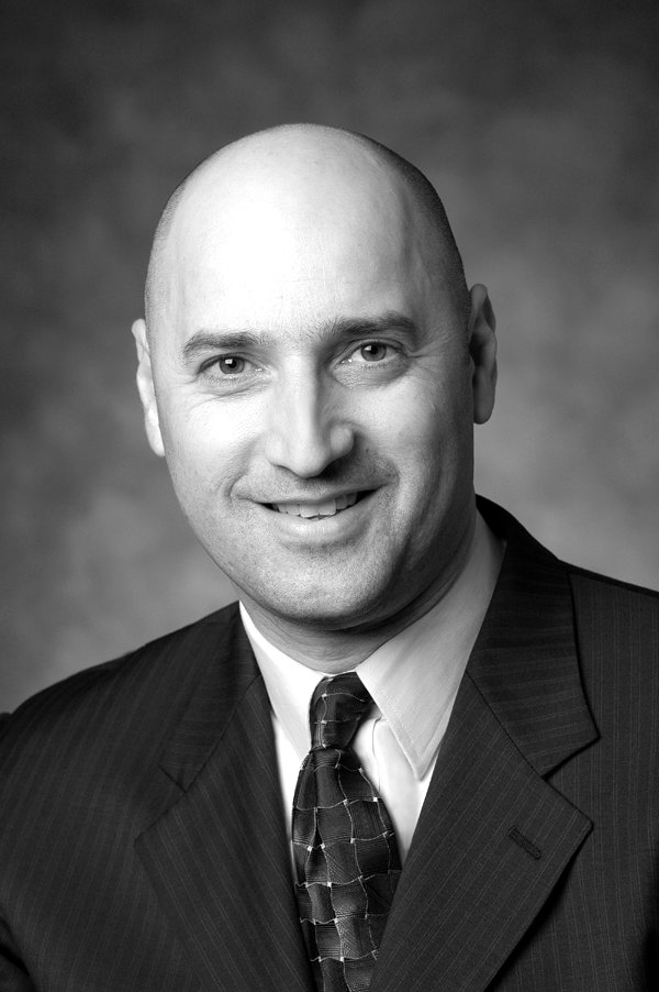 John Montalbano appointed President of Phillips, Hager & North Investment Ltd. / John Montalbano Président désigné du Phillips, Hager & North gestion de placements ltée