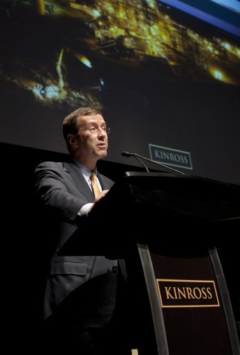 Kinross Gold President and CEO Tye Burt speaks at the Annual General Meeting in Toronto, Wednesday, May 4, 2011, about the Company's plans to increase gold production by 77% by 2015. (The Canadian Press Images PHOTO/Kinross Gold Corporation)