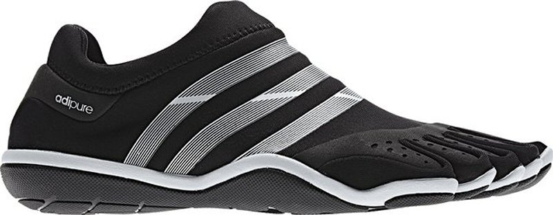 sport toe shoes