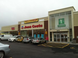 The Jean Coutu Group Inaugurates the 400th PJC Jean Coutu Store located on Saint-Laurent Bvld. in Montreal, in the Cremazie sector.