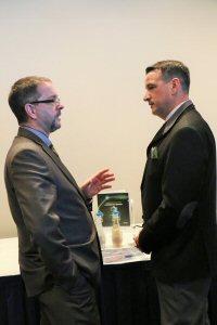 Guy Bourassa, Président et Chef de la direction de Nemaska Lithium photographié avec l'honorable Greg Rickford, Ministre de Ressources Naturelles Canada lors de la conférence de presse qui se déroulait plus tôt cet après-midi. Le ministre a annoncé une subvention de 12.87M$ de la part de Technologies du développement durable Canada (TDDC) pour la construction de l'usine de fabrication d'hydroxide de lithium Phase 1 de Nemaska Lithium.