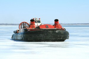 The hovercraft CCGS Sipu Muin during icebreaking operations (Credit Photo: Fisheries and Oceans Canada  M. Plamondon)