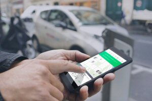 The Netlift carpooling mobile app makes commuting easier by connecting suburbia users.