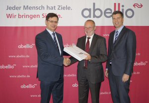 Norbert Hübner, Bombardier, Manager Sales, Dr. Roman Müller, Abellio, Managing Director, Andreas Brodehl, Abellio, Project Manager Vehicles (f.l.t.r.)