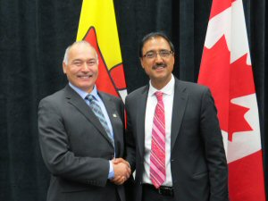 Left to right: The Honourable Joe Savikataaq, Minister of Community and Government Services, Nunavut Chair, Hudson Bay Roundtable, Minister of Environment and Minister of Energy, as well as the Honourable Amarjeet Sohi, Minister of Infrastructure and Communities.