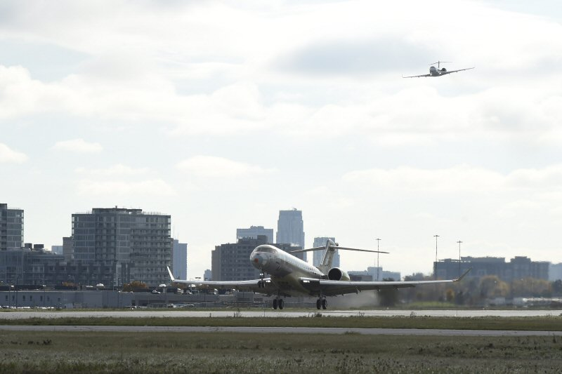 Bombardier Global 7000 Aircraft Successfully Completes First Flight