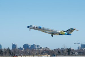 Bombardier's second Global 7000 Flight Test Vehicle takes to the skies.