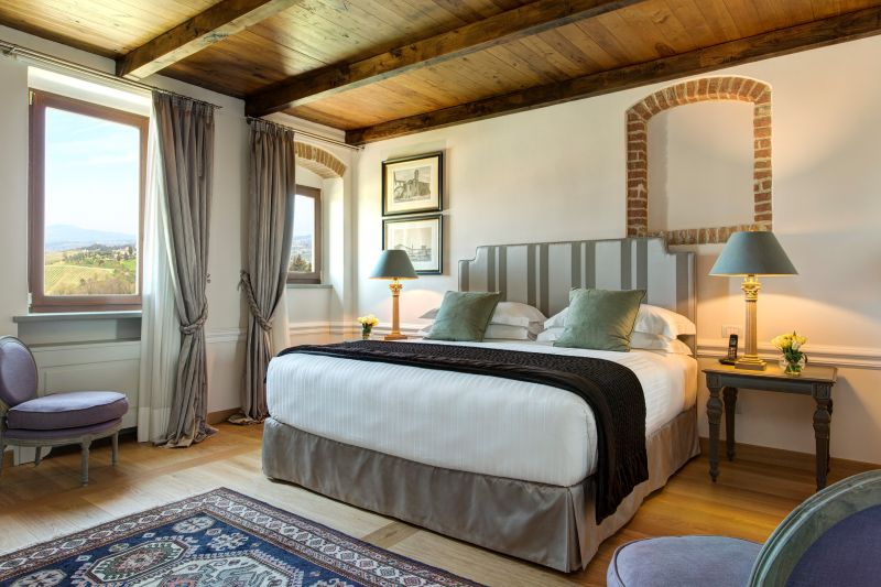 Villa le calvane a new boutique hotel winery in for Boutique hotel 77 doors