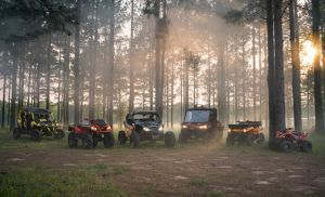 The 2018 Can-Am off-road vehicle family includes new performance levels, specialized packages and exceptional value. © BRP 2017