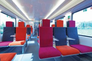 L'intérieur du train Regio 2N.