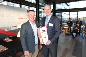 Brian Smith, Director at Cummins Asia Pacific (left) and Andrew Dudgeon, Managing Director of Bombardier Australia (right) at the 200th VLocity Millstone Celebration