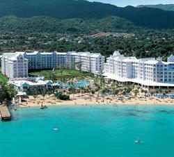 "RIU Hotels & Resorts Awarded ""Best Hotel Chain"""