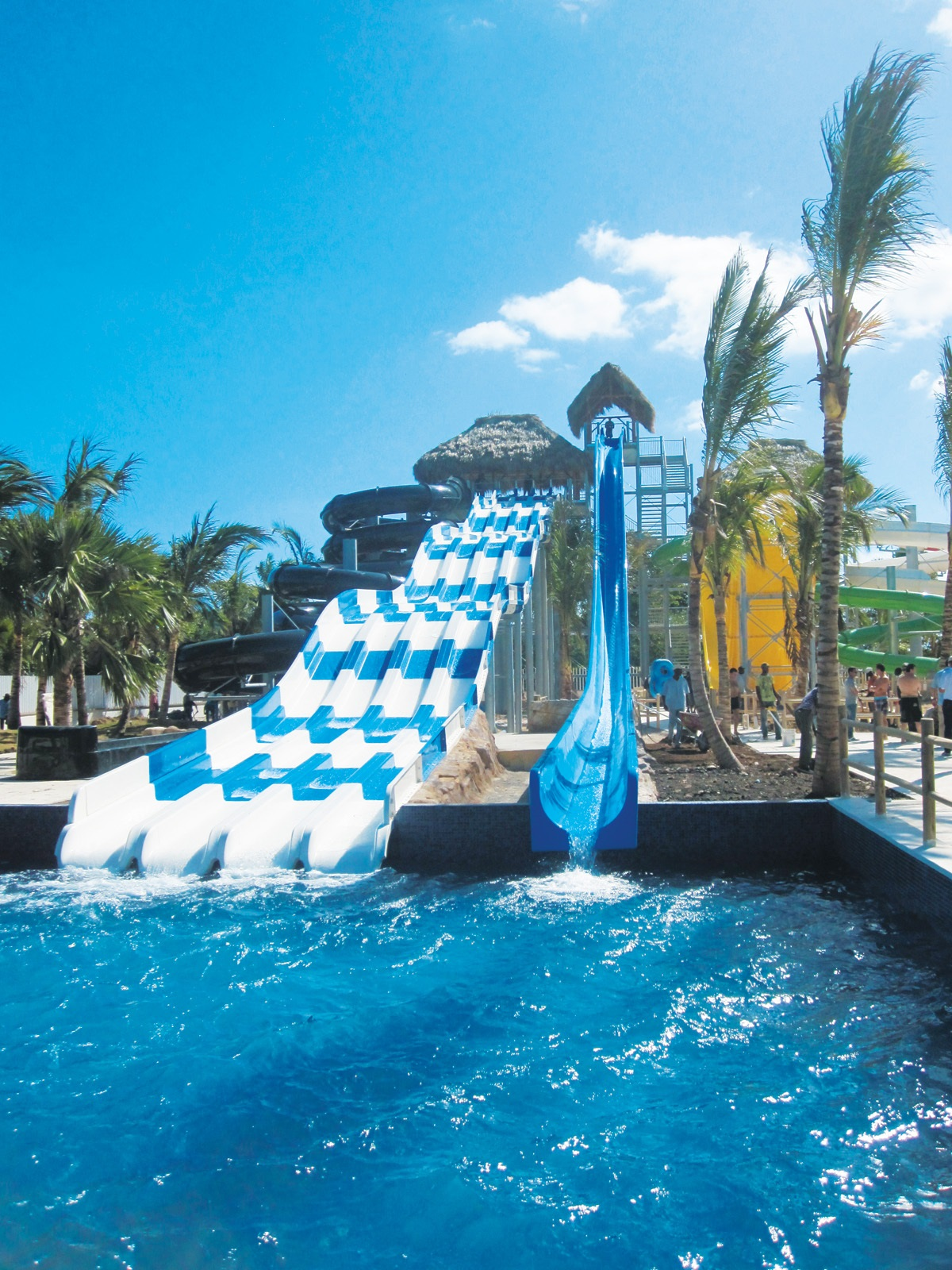 Mansion with indoor pool waterslide  Simple Big Mansions With Pools Features 33000 Intended Design ...
