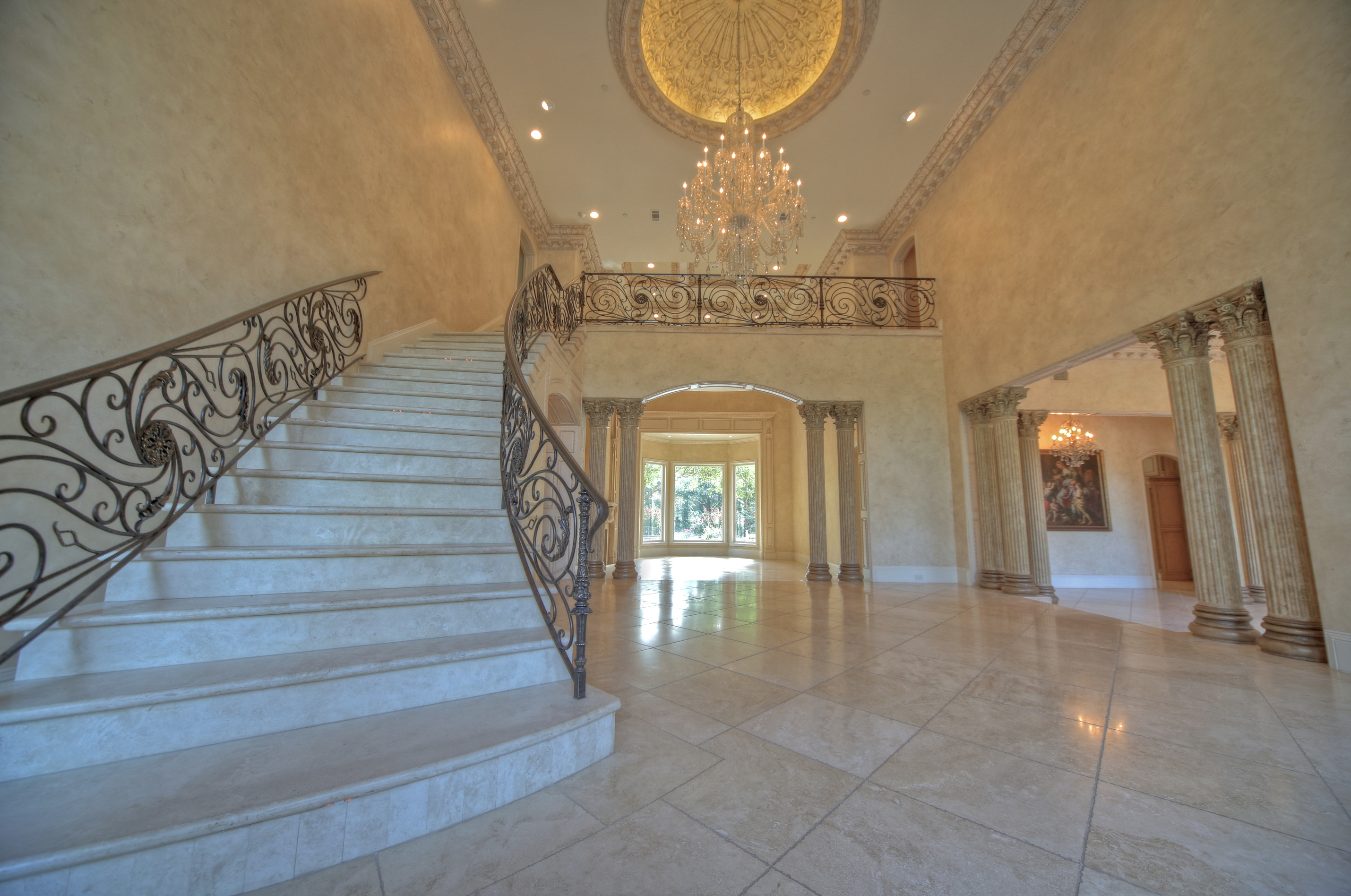 Grand Foyer Images : J p king auction company to willow bend place estate