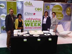 Celebrating Organic Week during CHFA East