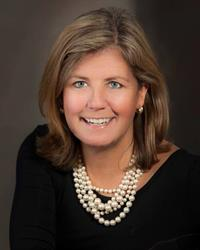 ResortQuest Real Estate Associate Broker Anne Powell earns September 2015 top listing agent honors.