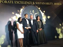 "SPi Global President and CEO Maulik Parekh, second from left, accepts the ""Best Company to Work for of the Year"" award from Shanggari B., CEO, MORS Group; and ACES Awards jurors Andrew Bryant, Managing Director, Self Leadership Institute; and Dr. Jayanthi Desan, Managing Director, Synergio."