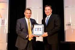 Rob Donat, Founder & CEO of GPS Insight, Accepts ILoA Award for Innovator of the Year