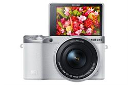 Samsung NX500 Mirrorless Digital Camera with 16-50mm Power Zoom Lens (White)