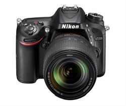 Nikon D7200 with AF-S DX NIKKOR 18-140mm f/3.5-5.6G ED VR lens