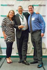 Franchise Owners Brad and Kathy Horstman Receiving the Turn Around Award.