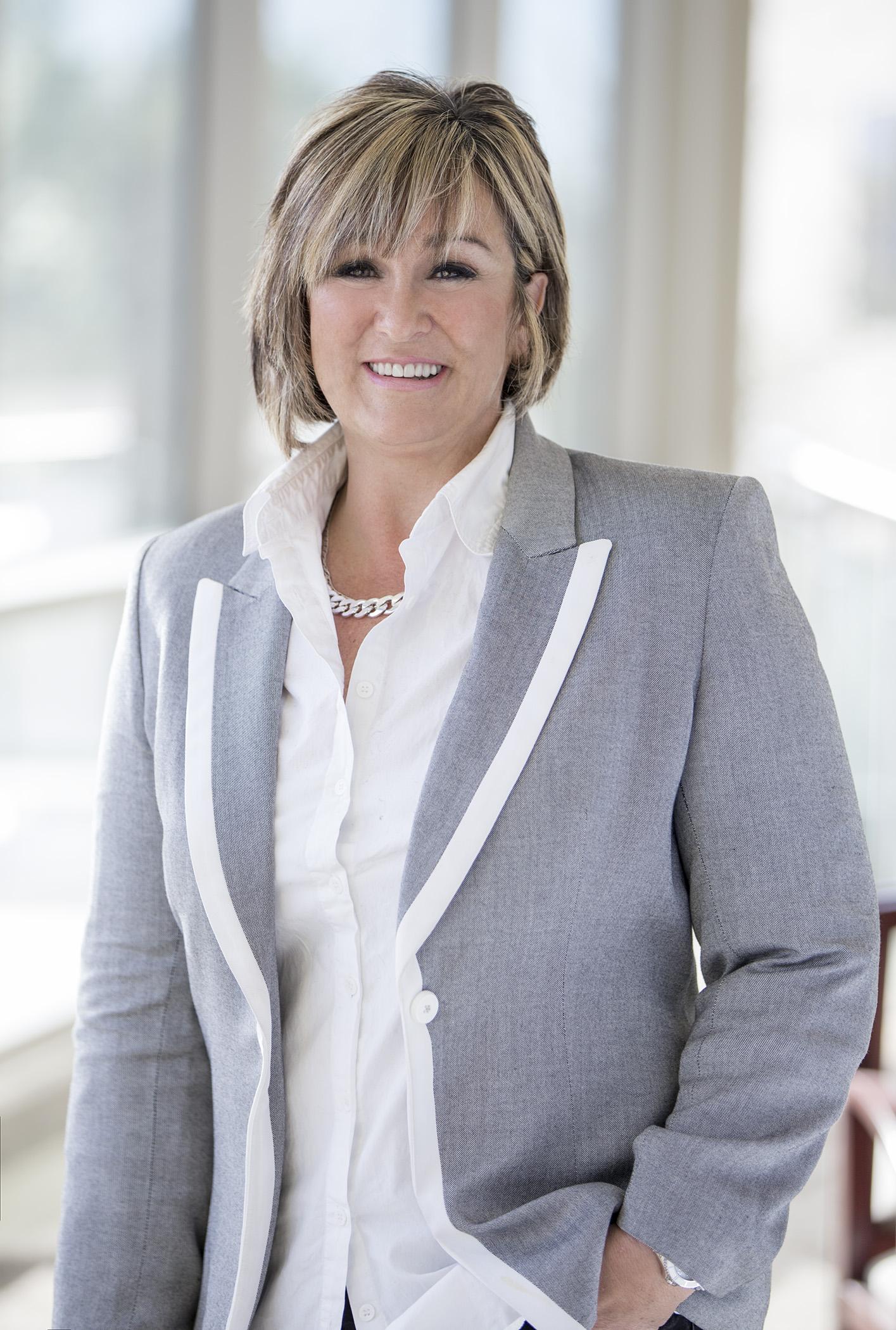 Insidesales Com S Lanette Richardson Named Best Woman