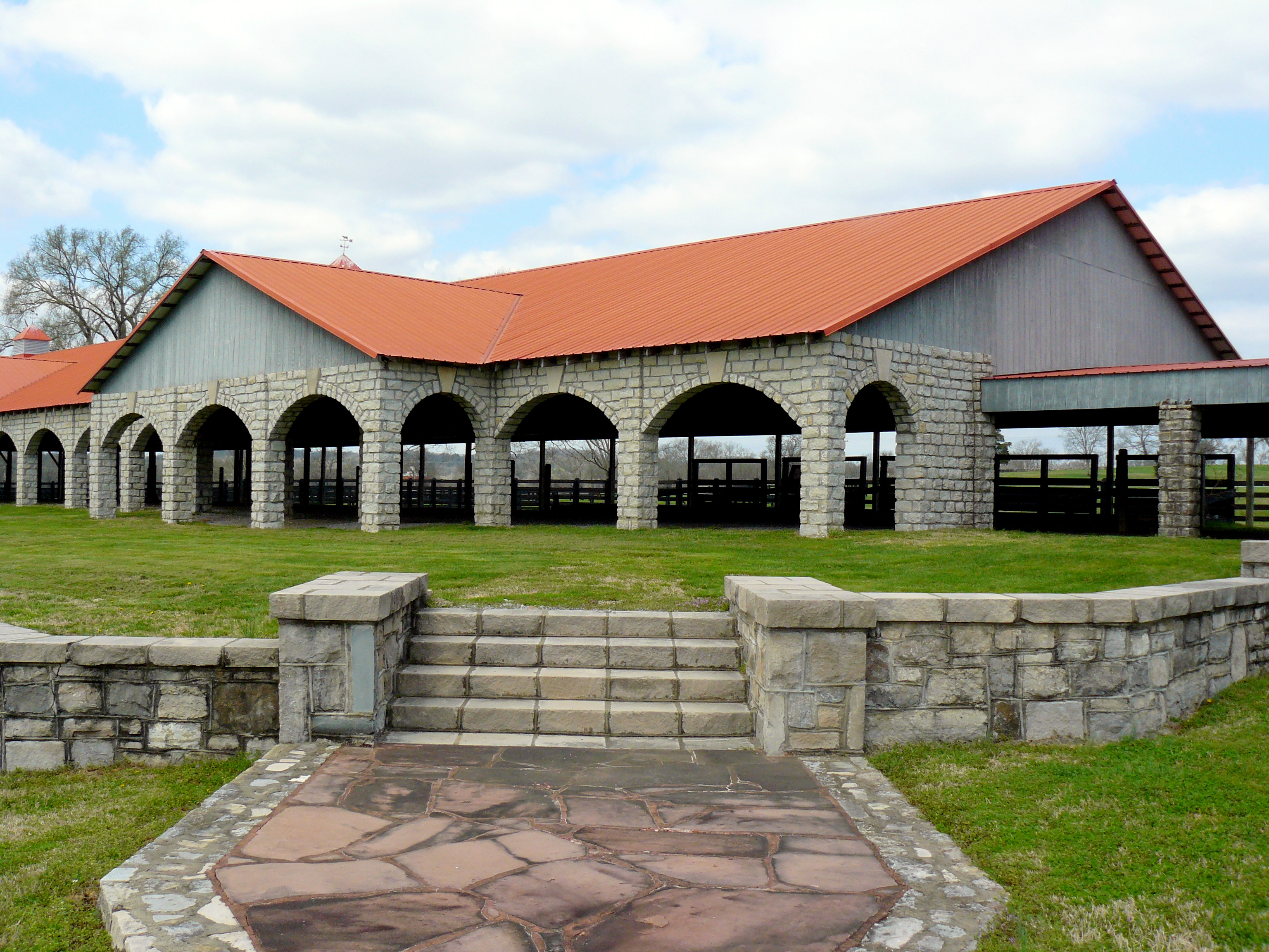 J p king auction company to auction beautiful riverbend for Luxury barn homes