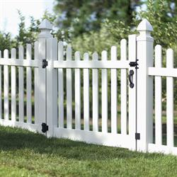 Boerboel gate hardware includes gate handle, latch, hinges, and accessories.