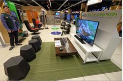 B&H Photo Gaming Center