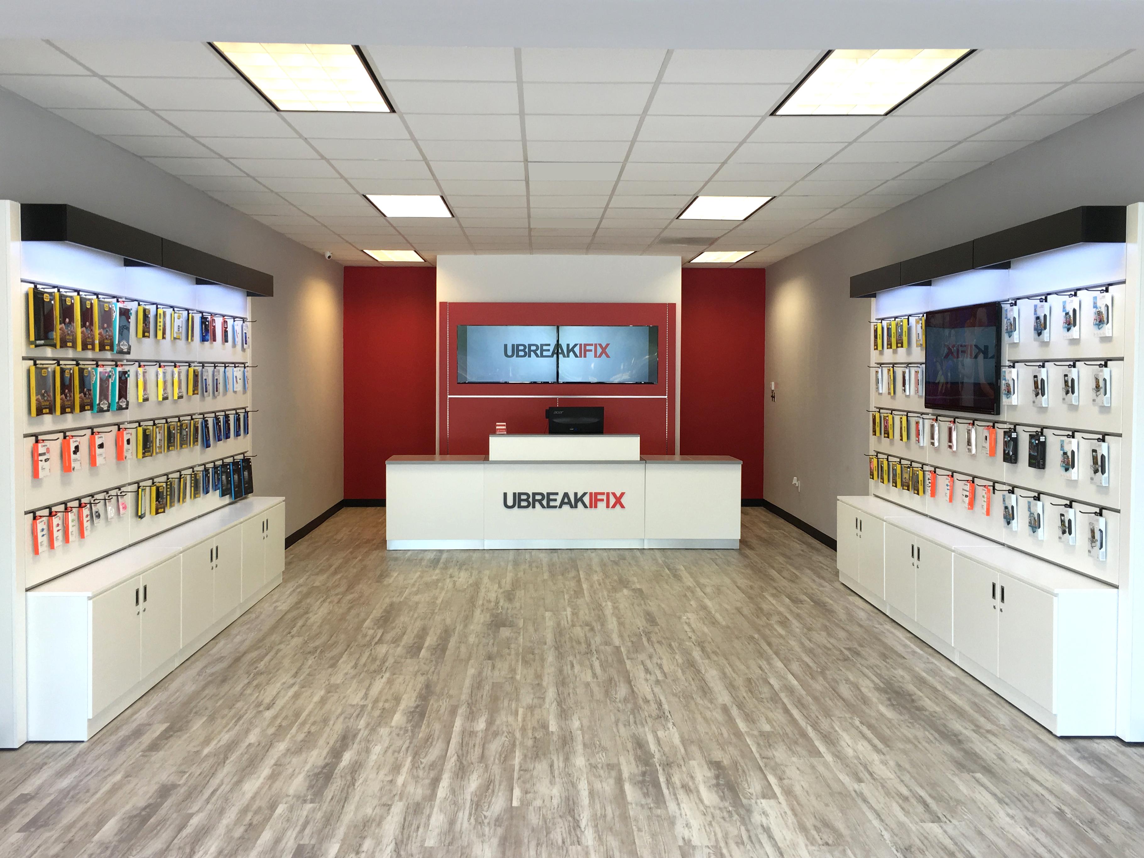 uBreakiFix Opens Milestone 275th Store in Metairie, Louisiana