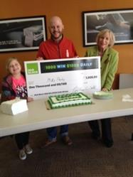 Michael Paske Celebrates Being an H&R Block 1,000 Win $1,000 Daily Winner