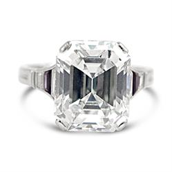 Art Deco Emerald Cut Diamond Ring