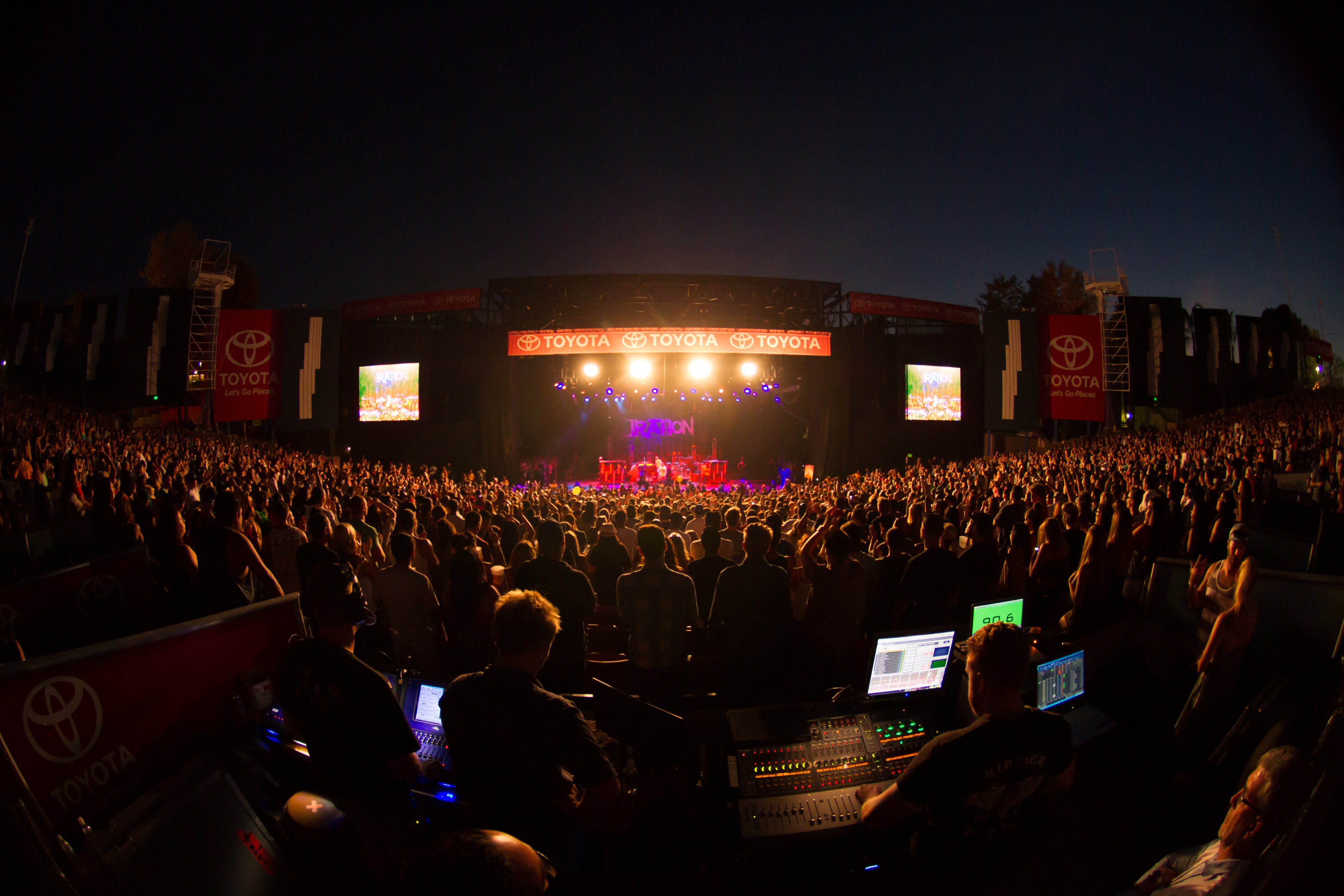 Toyota Summer Concert Series At Pacific Amphitheatre At