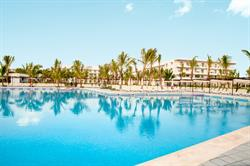 Signature Vacations announces the opening of the brand new Riu Republica