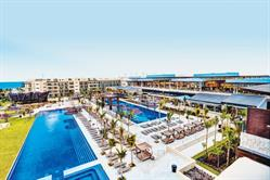 Royalton Riviera Cancun hosts second edition of Just For Laughs Resort Week