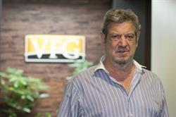 Lyle Perlmutter Joins Vanderbilt Financial Group