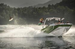 Malibu 24 MXZ Wake Boarding