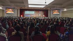 Mourners remember His Holiness Pramukh Swami Maharaj at a Prayer Assembly in Robbinsville, New Jersey, one of 150 cities across the United States where Assemblies were held. Source: BAPS