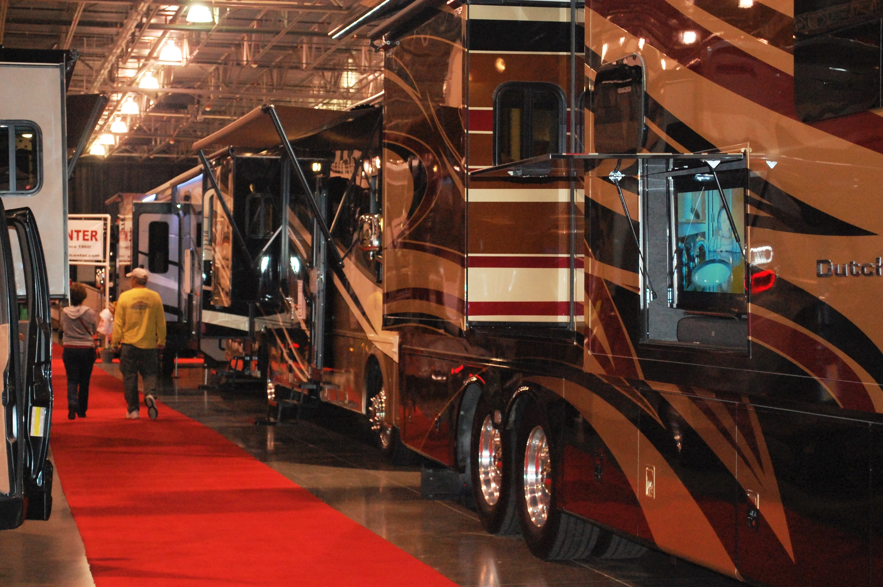 Rvs Come In All Shapes And Sizes At The 27th Annual Fall