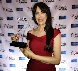 Julie Spira wins the 2017 iDate Awards Best Dating Coach
