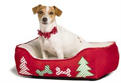 PetSmart, the leading pet specialty retailer in North America, is making this holiday season merry and bright with the launch of its Holiday Collection. Items include hundreds of new, on-trend seasonal apparel and accessories as well as toys, pet beds, stocking stuffers, holiday cookie treats, fish tank ornaments and more! The Holiday Collection includes a line of philanthropic items - gifts that give back to pets in need. The PetSmart Holiday Collection is available now at PetSmart stores across Canada and at petsmart.ca.
