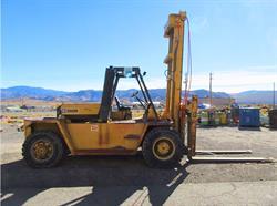 Caterpillar V300B Diesel Forklift
