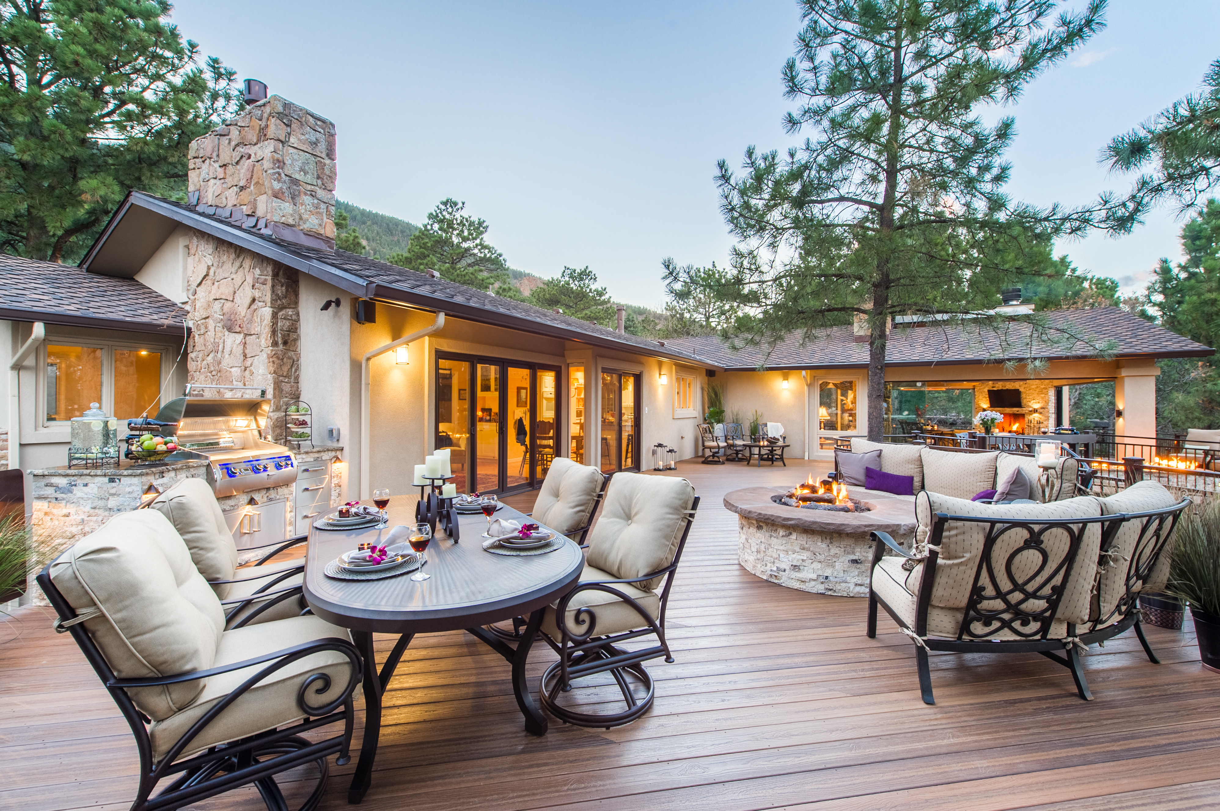 Envision decking announces distribution agreement with for Envision decking