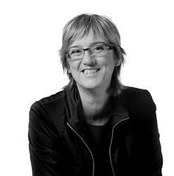 "Carole Beaulieu, recipient of the inaugural ""Editor Grand Prix."""