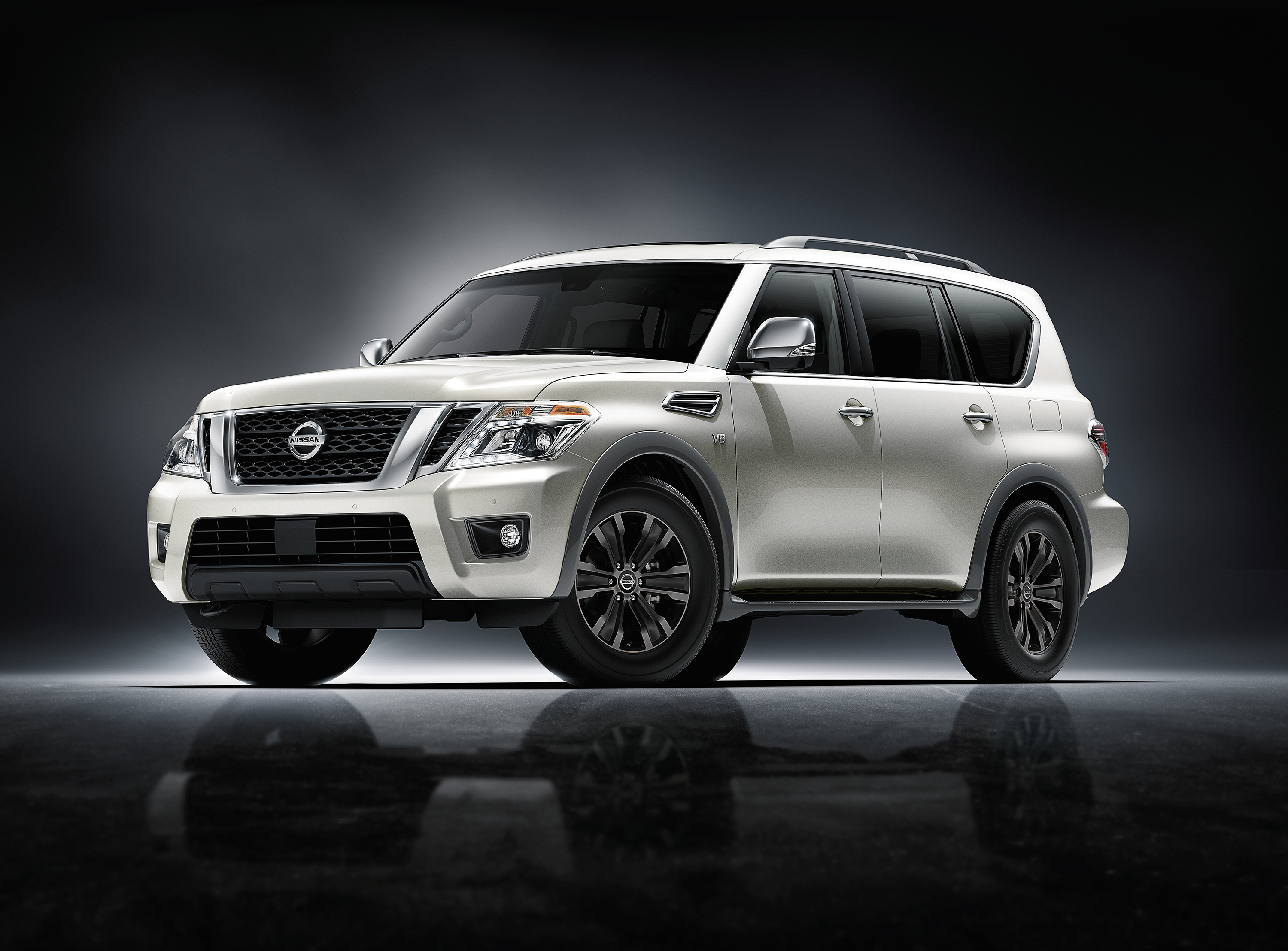 nissan armada named 39 suv of the year 39 in popular mechanics. Black Bedroom Furniture Sets. Home Design Ideas