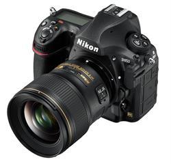 Nikon D850 DSLR with Lens