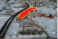 Picture 1: Pavillon Quemont Construction -- South View