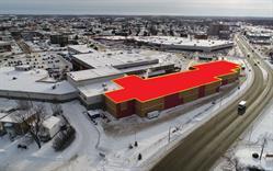 Picture 2: Pavillon Quemont Construction -- North View