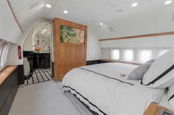 Silver Air BBJ master bedroom suite